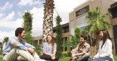 Uluslararası Antalya Üniversitesi'nde 10 öğrenciden 7'si tam burslu