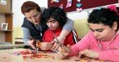 Hayatlarını engellilere adayan öğretmenler