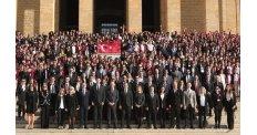 Mektebim, 4 bin öğrencisiyle Anıtkabir'i ziyaret etti