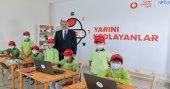 Türkiye Vodafone Vakfı'ndan 30 köy okuluna teknoloji sınıfı