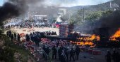 Öğretmenler polisle çatıştı: 6 ölü
