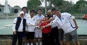 İstanbul Aydın Üniversitesi Erkek Tenis Takımı'nın şampiyonluk heyecanı!