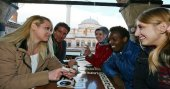 Türkiye burslarından başvuran yabancı öğrenci sayısı artıyor