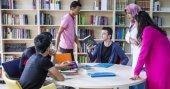 Bu okulda öğrenciler kitap okumak için yarışıyor