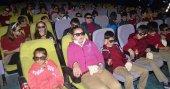 500 ilkokul öğrencisi sinemaya gitti
