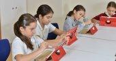 Tablet destekli eğitimde FMV Işık Okulları farkı