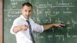 Hangisi doğru tercih? Native mi Non-native öğretmen mi?