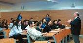 Beykent Üniversitesi, öğrencilerine garantili ve kesintisiz burs imkanı sunuyor